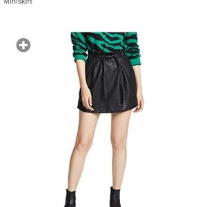 Free people. Sz 0. Faux leather skirt.